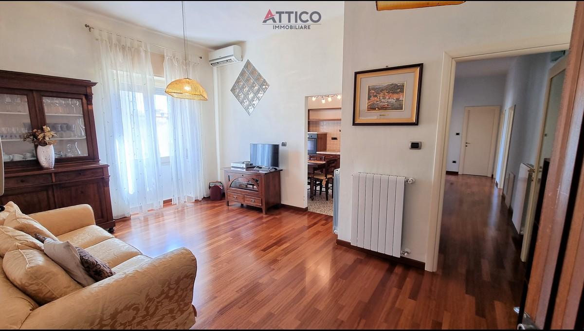 Ampio e luminoso appartamento ristrutturato nei pressi di Via Napoli, Via Marsiglia 40, Sassari.